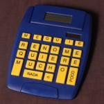 Máquina de Calcular Amor.  Calculadora intervenida. 2004.